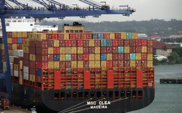 containers-4057157_1920